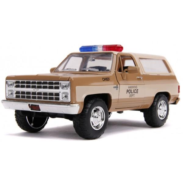 Stranger Things 1980 Chevy K5 Blazer + Police Badge 1:24